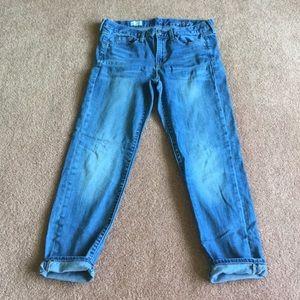Gap 1969 Sexy Boyfriend Cropped Capri jeans 27 / 4